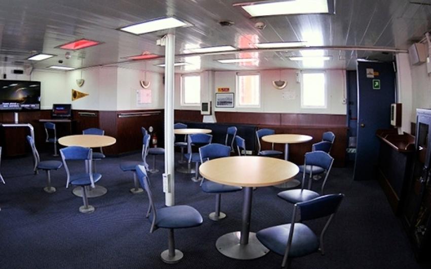 Crucero Antarpply - Expedición a la Antártida desde Argentina