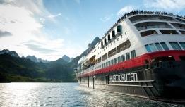 Crucero Hurtigruten - Bergen a Kirkenes + Islas Svalbard