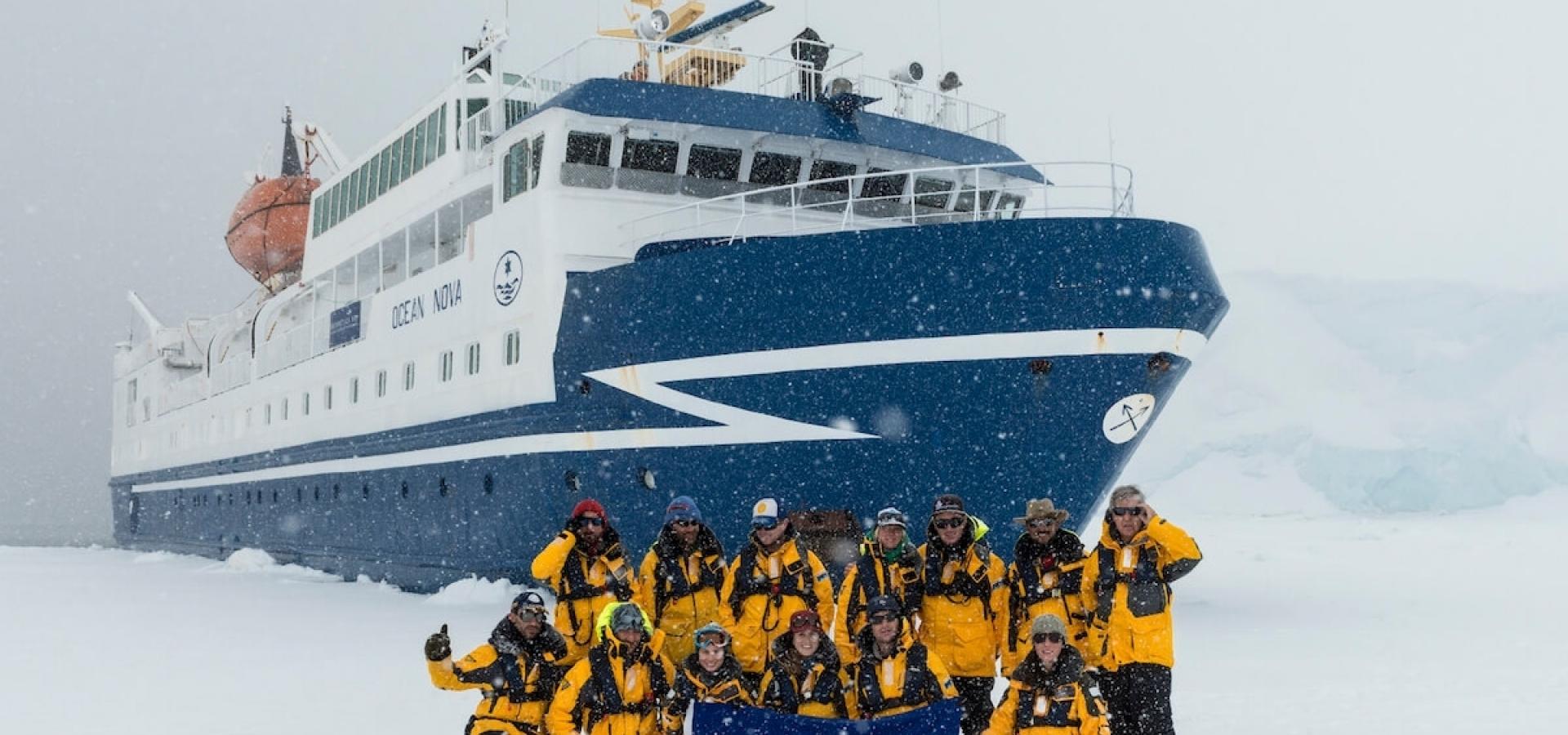 Aero-Crucero Antárctica XXI - Expedición al Círculo Polar