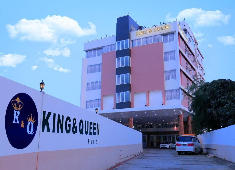 Hotel King & Queen