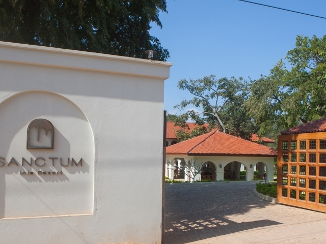 Hotel Sanctum Inle Resort