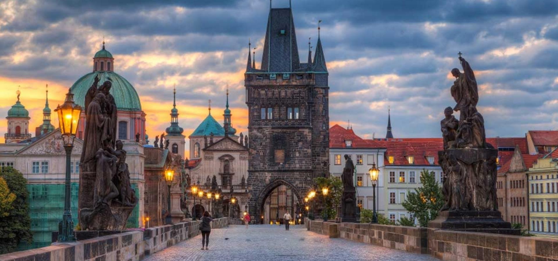 República Checa - Escapada Romantica a Praga