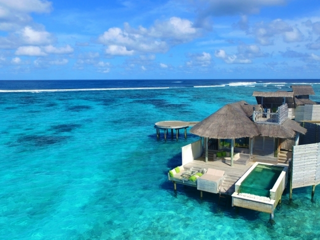 Laamu Water Villa with Pool