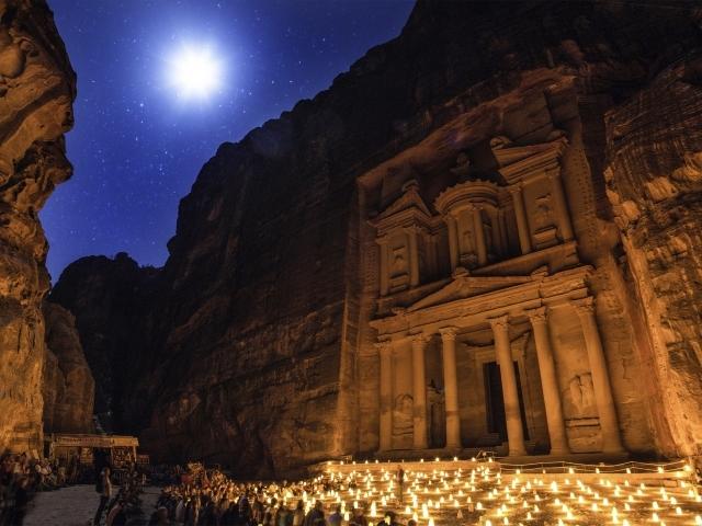 Jordania - La Magia de Petra de Noche