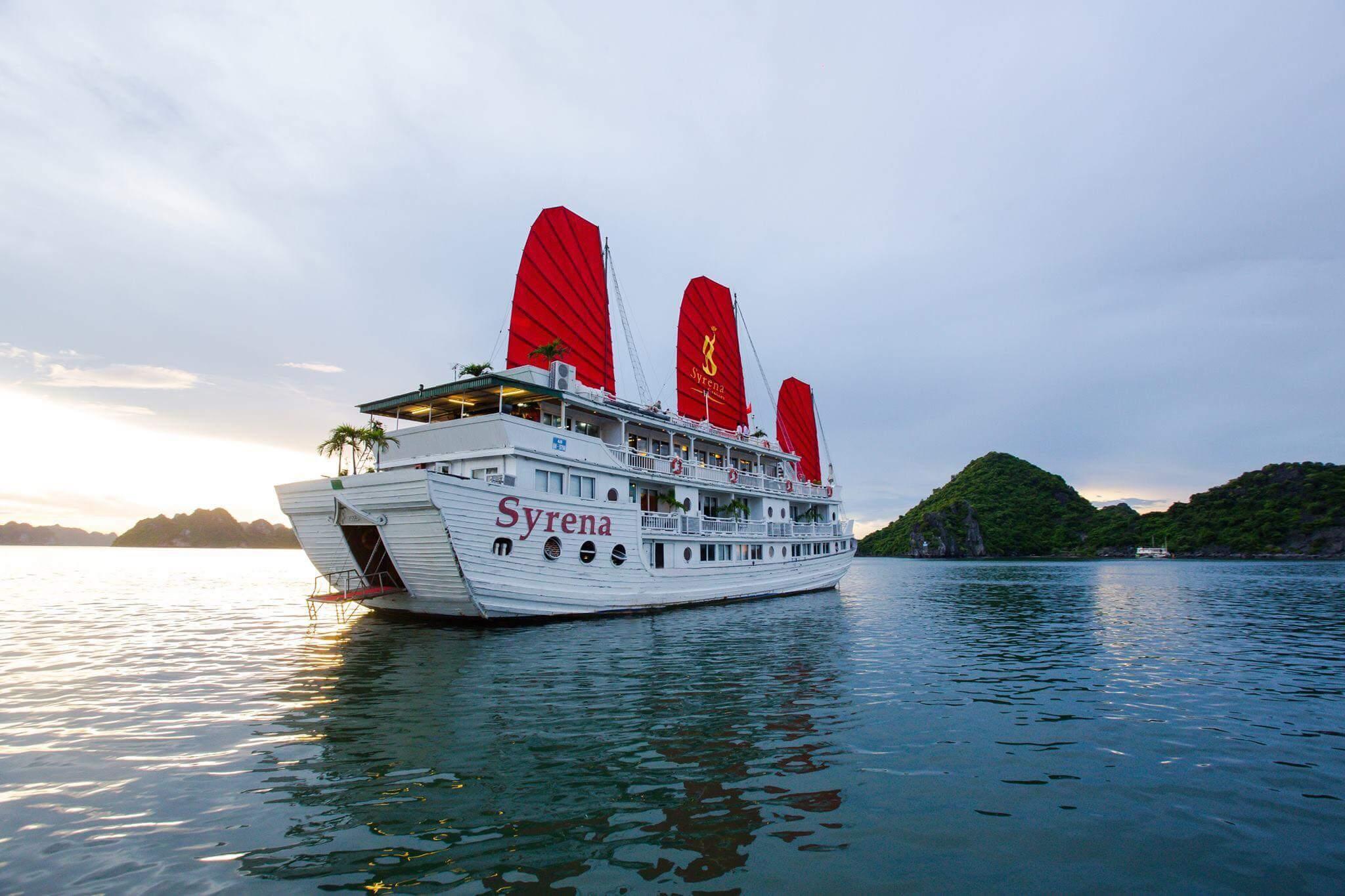 Junco Syrena Cruises