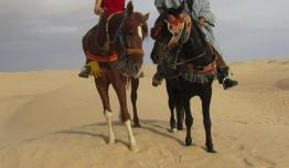 Victoria FRIAS & José Felix DUFFAU (Nerja) - Túnez