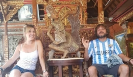 Maria Jesus RODRIGUEZ GUIL & Salvador REINA GIRONA (Málaga) - Bali (ID)