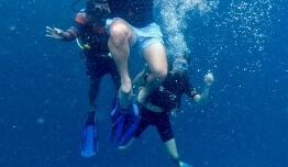 286 - Buceo - Marina DELANGE VAN DER KROFT - Fiji