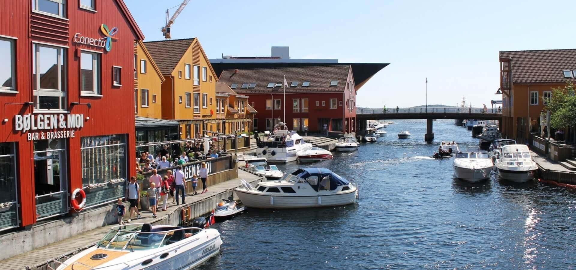 Noruega - Escapada a Kristiansand, la Sureña y Marinera