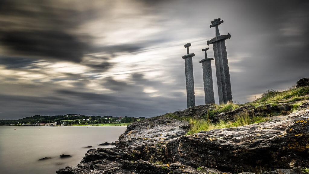Monumento Sverd i Fjell