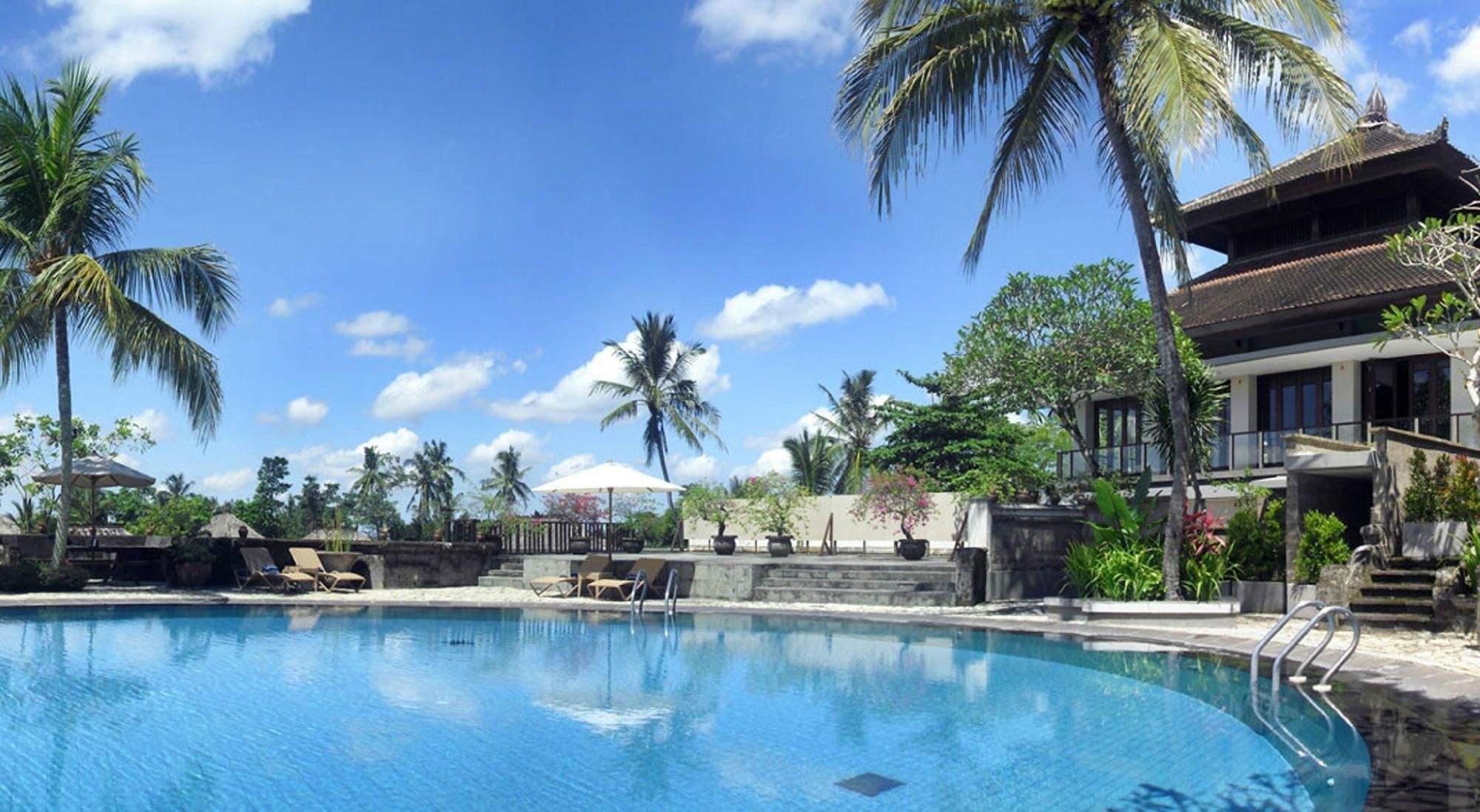 Hotel Kamandalu Resort & Spa