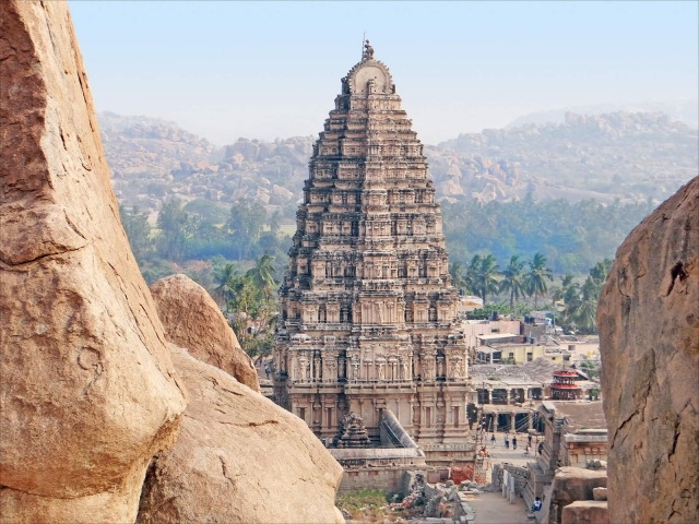 Templo Gopuram Hampi