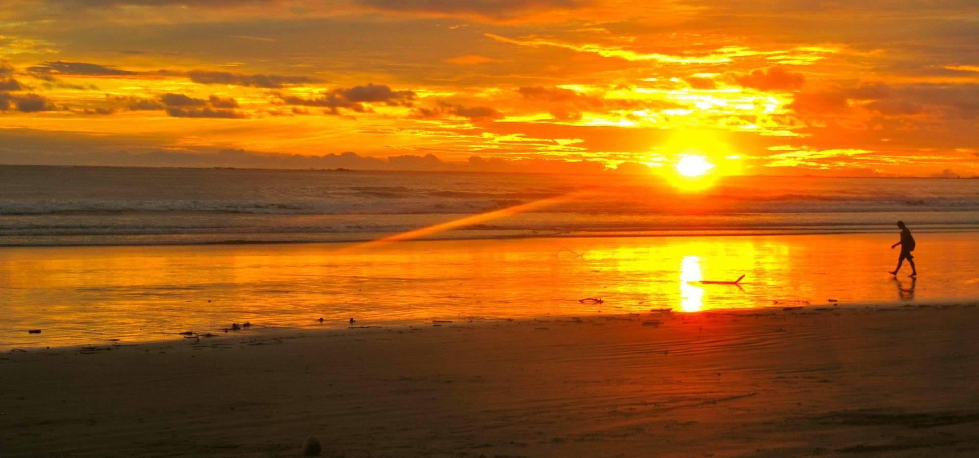 Costa Rica a tu Aire - Parques, Volcanes , Selva y Caribe