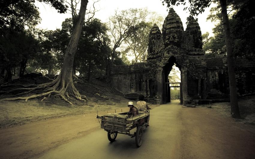 Vietnam + Camboya - Dioses y Pagodas