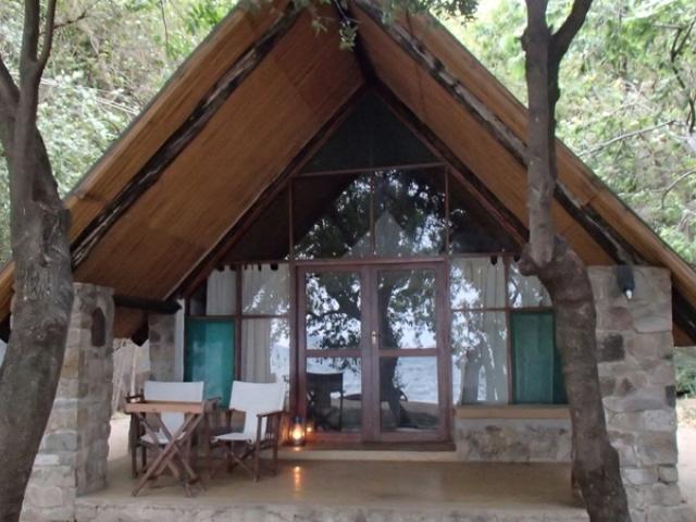 Lodge Anasa Lukuba Island