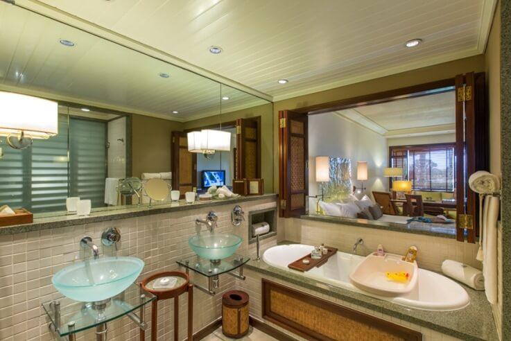 Junior Suite Sea-facing Room