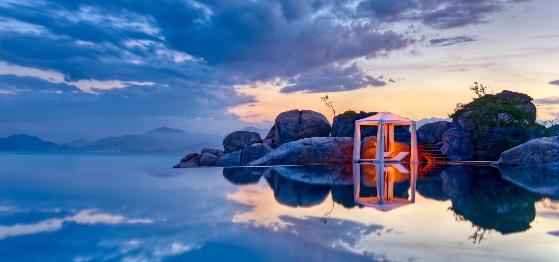 Vietnam - Villas Six Senses Ninh Van Bay